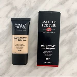 Make Up For Ever Matte Foundation- Y215